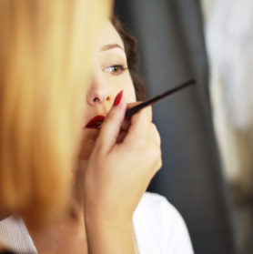 3Maquillage COURS D'AUTO MAQUILLAGE SOLO